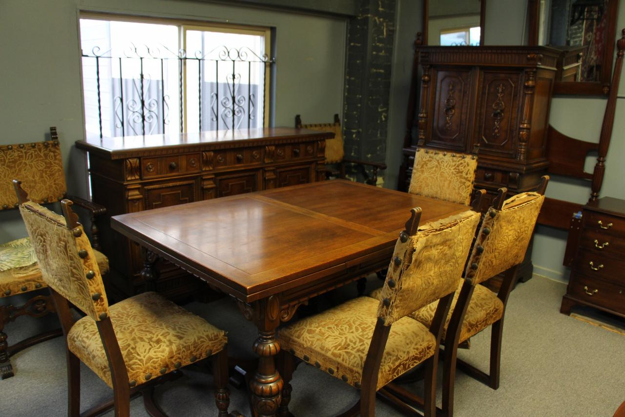 Tonawanda Woodworks Jacobean Dining Room Set Circa 1920 S